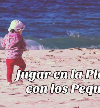 jugar con los niños en la playa